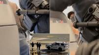 VIDÉO – Une musulmane menottée et expulsée d'un avion aux États-Unis
