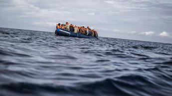 Espagne : une conseillère appelle à traiter les migrants algériens avec respect