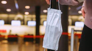 Aéroport de Dubaï: soupçons sur la fiabilité des tests covid