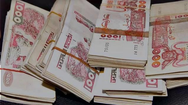 Taux de change du dinar algérien : nouveau record pour l'euro
