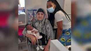 France : une mamie algérienne « héroïque » sauve la vie d'un bébé