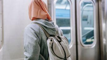 « Pas touche à mon hijab » : le ras-le-bol des musulmanes de France