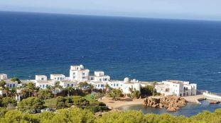 Voyageurs confinés dans des complexes touristiques : des Algériens mécontents