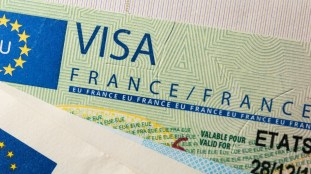 France: les étudiants tunisiens privés de visas