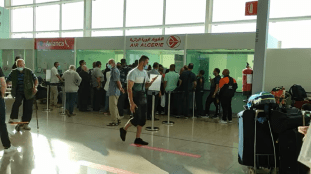 Air Algérie : pagaille à l'aéroport de Barcelone (Vidéo)