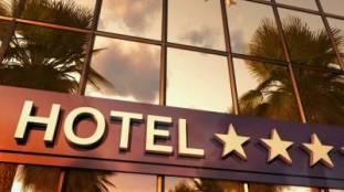 Confinement des voyageurs algériens : les hôtels dans l'embarras