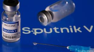Voyages : le vaccin Sputnik V pourrait finalement être reconnu par l'UE