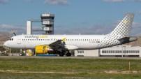 Atterrissage d'urgence d'un avion Vueling Airlines à Paris Orly