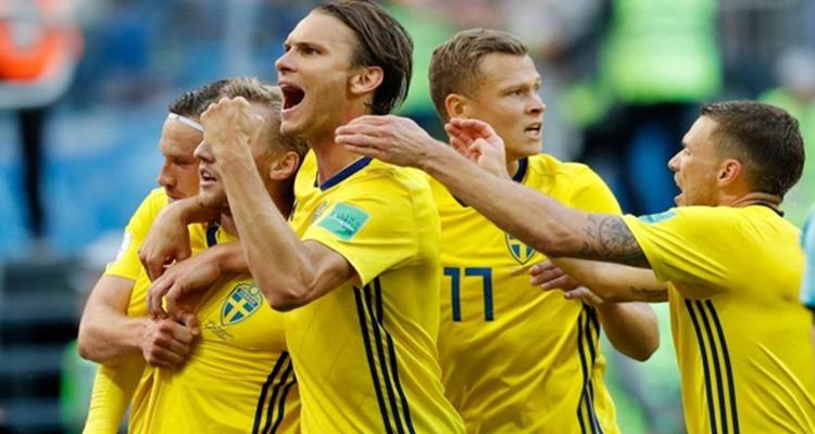 Sweden reach World Cup quarterfinals