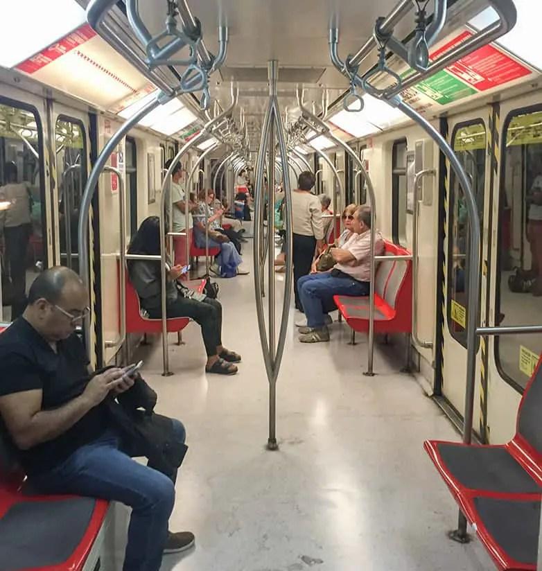 santiago-travel-guide-train