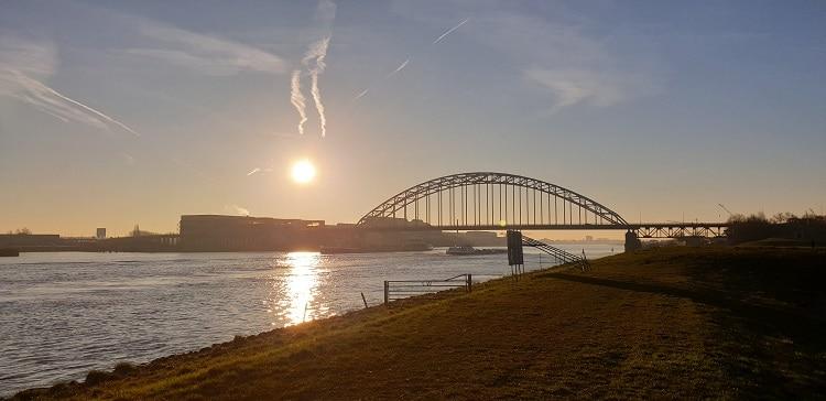 de brug over de noord crezeepolder ridderkerk - kopie