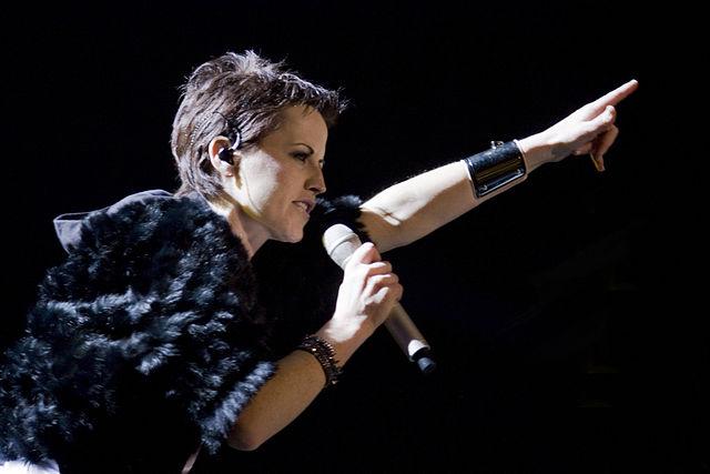 Perfil e Playlist em Homenagem a Dolores O'Riordan - líder dos Cranberries #RIP