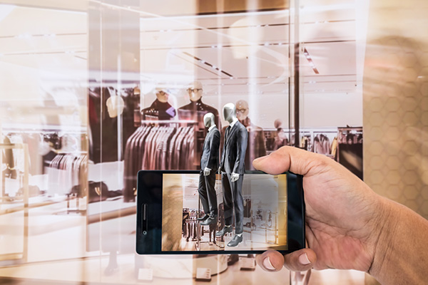 Augmented Reality (AR) for Retail