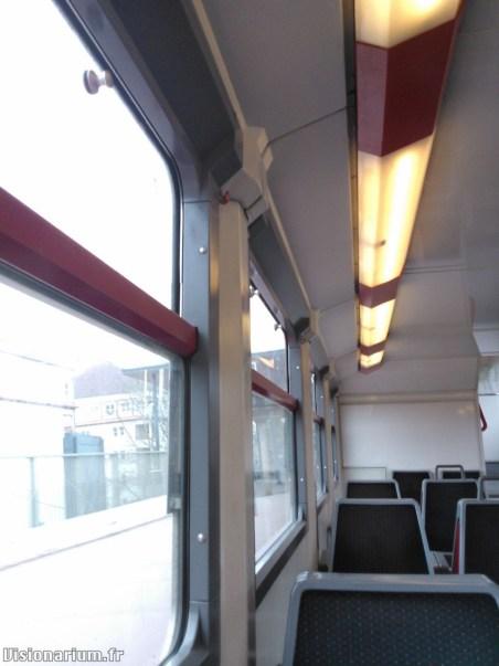 Z2500 à fenêtres épaisses, livrée d'origine.