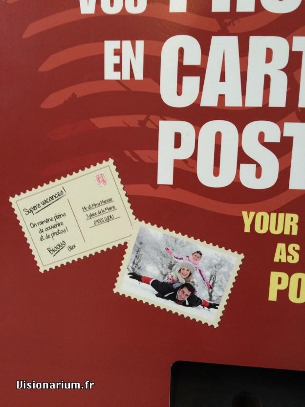 Gros plan sur le rendu promis, une vraie carte postale imprimée