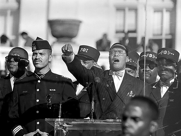 10/16/95: Louis Farrakhan during his speech at the Million Man March rally at the Mall. BILL O'LEARY/TWP.