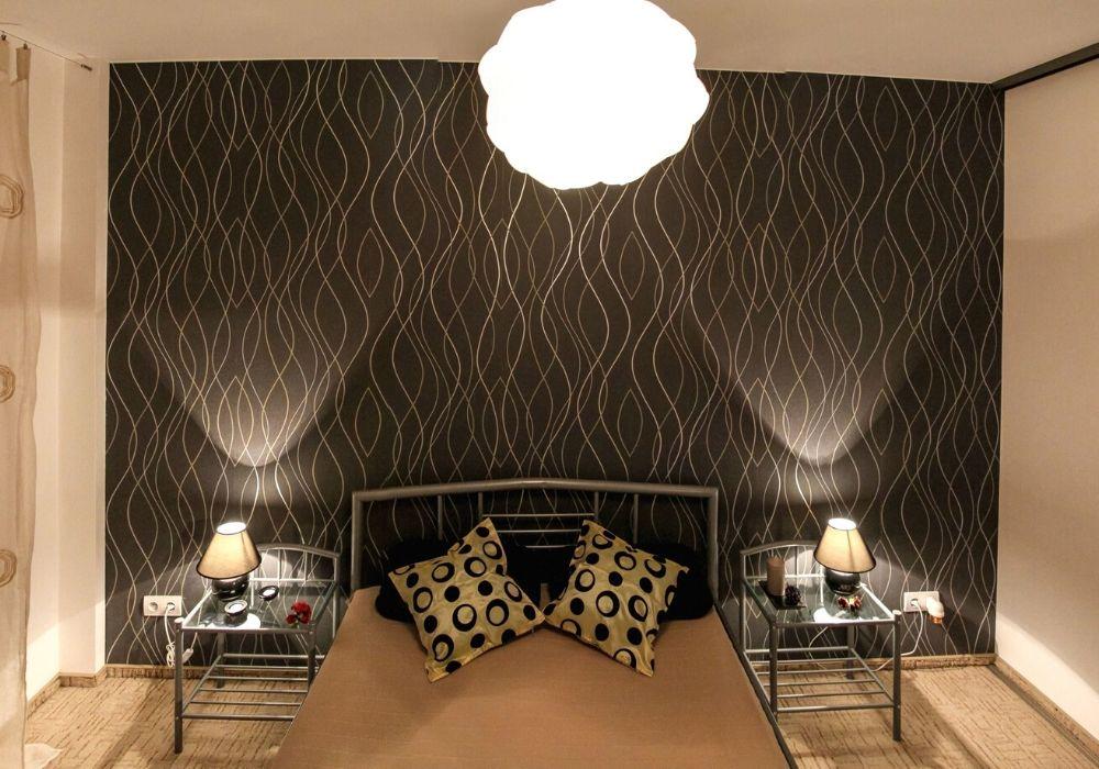 wallpaer covering bedroom