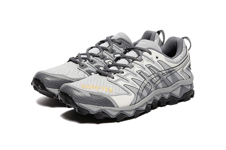 https___hypebeast.com_image_2019_10_beams-asics-fw19-gore-tex-gel-fuji-sneaker-clothing-collab-2