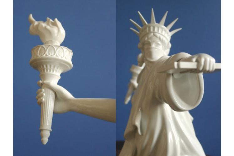 Whatshisname – Riot Of Liberty Escultura 3