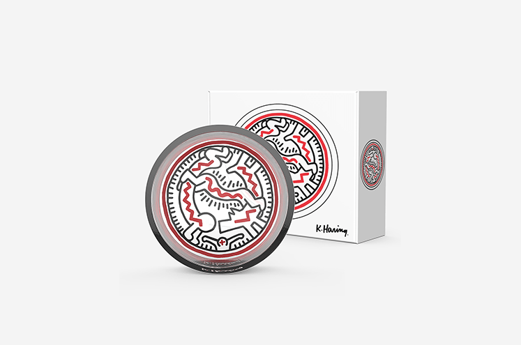 Catchall_Circle_Packaging_SnakePeople_900x