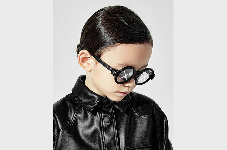 KAWS SUNGLASSES3