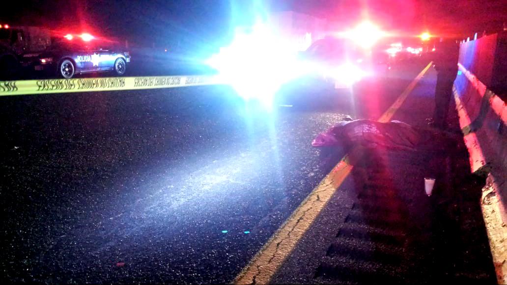 Atropellan y matan a dos en la autopista México- Puebla