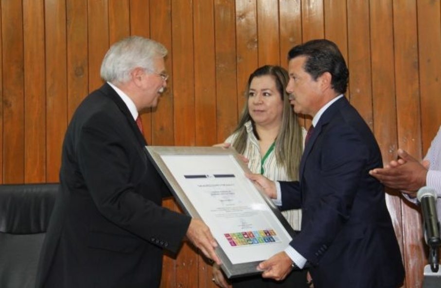 RECIBE GOBIERNO DE SAN PEDRO CHOLULA DISTINTIVO POR CALIDAD