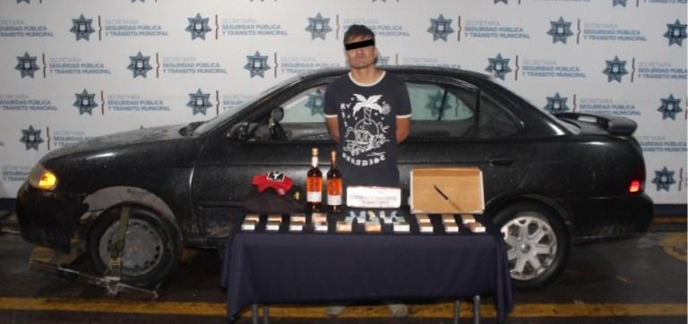 DETUVO POLICÍA MUNICIPAL DE PUEBLA A PROBABLE ASALTANTE DE TIENDA OXXO