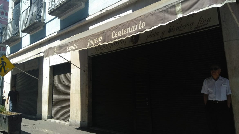 ¡NO AGUANTAN MÁS¡ CIERRAN DE 1200 A 1500 COMERCIOS DEL CENTRO DE PUEBLA POR COVID-19