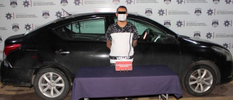 DETUVO POLICÍA MUNICIPAL DE PUEBLA A PERSONA PRESUNTAMENTE DEDICADA AL ROBO A NEGOCIO