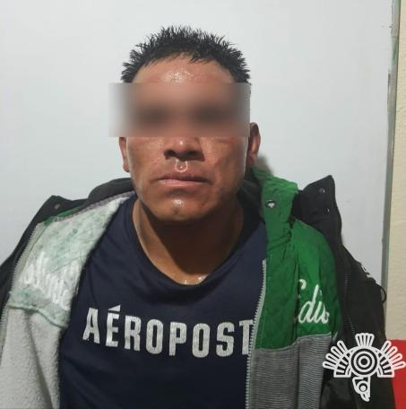 DETIENE POLICÍA ESTATAL Y MUNICIPAL A HOMBRE ARMADO EN TEXMELUCAN