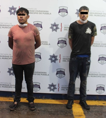 MEDIANTE PERSECUCIÓN, DETUVO POLICÍA MUNICIPAL DE PUEBLA A DOS HOMBRES POR PRIVACIÓN ILEGAL DE LA LIBERTAD Y ROBO DE VEHÍCULO