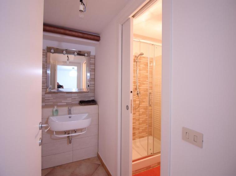 23 - Giove - Villa con Piscina - Appartamento Indipendente