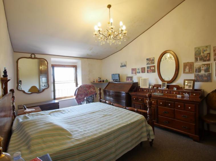 6 - Fornole - Appartamento - Camera Matrimoniale