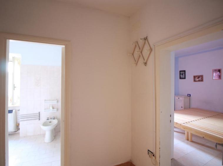 5 - Foce - Appartamento Indipendente - Camera Piano Primo e Bagno