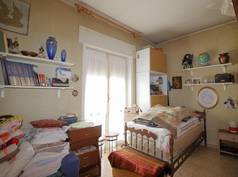 11 - Amelia - Via Primo Maggio - Camera da letto