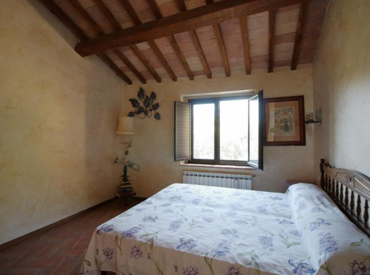 17 - Poggiolo - Calvi dell'Umbria - Camera da letto