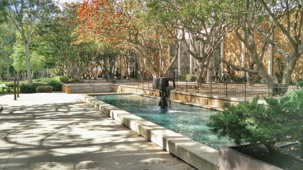 Ucla Campus Los Angeles - California Visions Of Travel