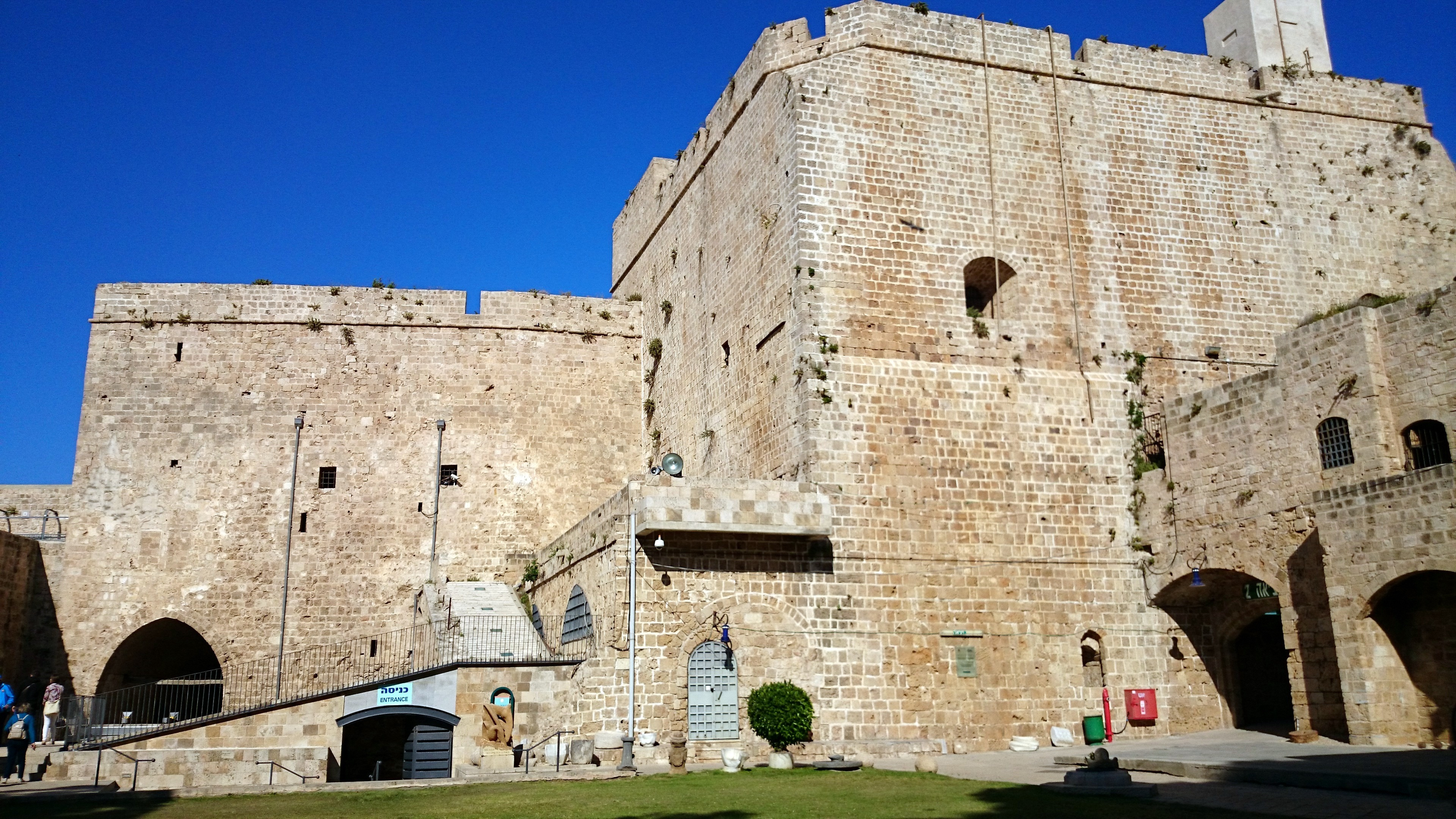 Crusader Fortress : Old City of Acre – Northern Israel | Visions of Travel