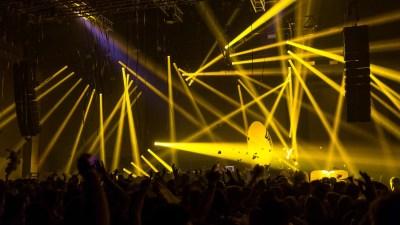 VISIONZ SHOW VJ ECLIPSE FESTIVAL PARIS (0-00-00-00)_1