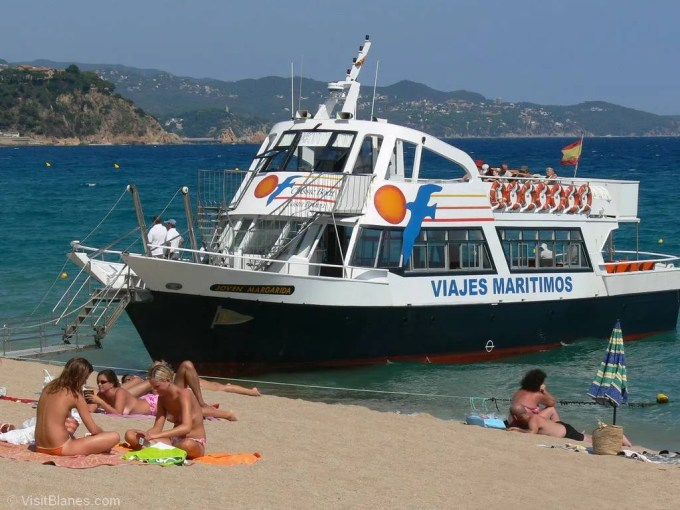 Blanes tourist ferries