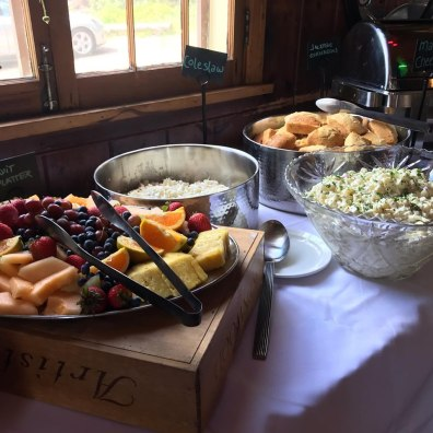 Cascade Lodge Restaurant buffet