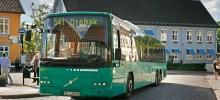 Bussen fra Oslo ankommer Drøbak Torg.
