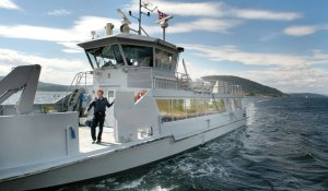 The ferry crossing to Oscarsborvg takes only 10 minutes.