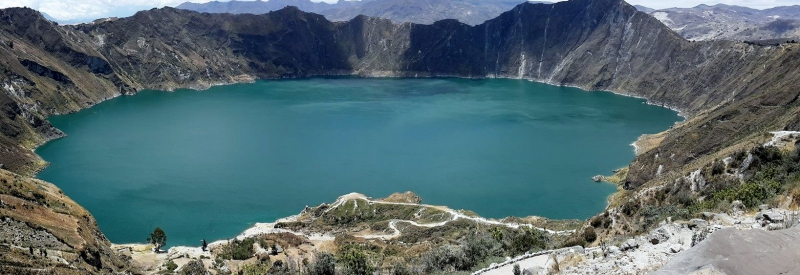 wonderful-journey-to-quilotoa-crater-lake