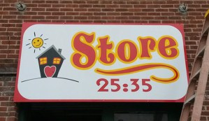 25:35 Store