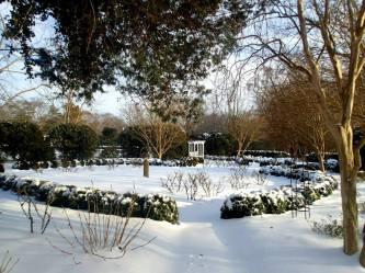 memorial garden in the february snow 2015