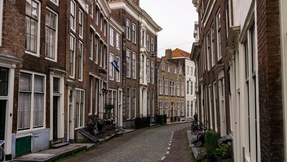 The most beautiful streets of Middelburg, Netherlands 2 - 13 Best things to do in Middelburg, Zeeland - The Netherlands - Visiting The Dutch Countryside