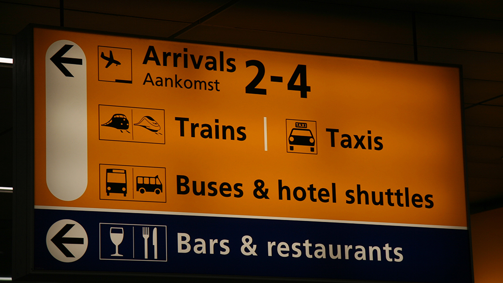 Guide to Amsterdam Schiphol Airport for first time visitors | How to get from Amsterdam Schiphol Airport to Amsterdam | Public transport from Amsterdam Schiphol Airport| Things to know of the airports Schiphol of The Netherlands |