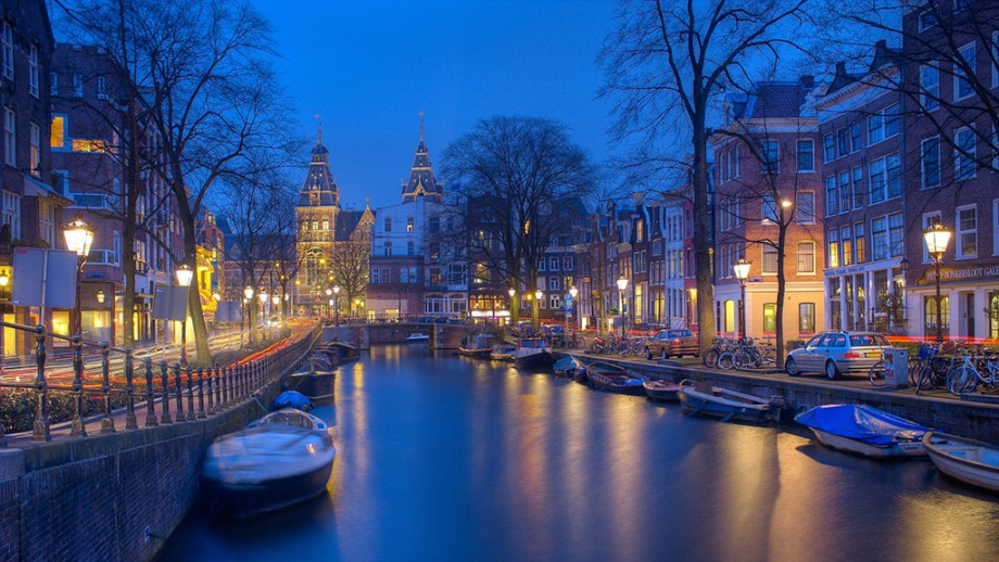 Interesting facts about Amsterdam | Best Amsterdam Christmas markets to visit | Best things to do in Amsterdam in December | Best Christmas markets of The Netherlands